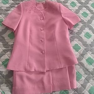 Kasper Ladies Skirt Suit